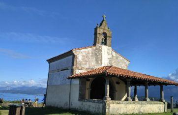 La Ermita de San Roque en Lastres