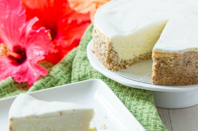 Keto Low Carb Instant Pot Cheesecake {Gluten-Free}