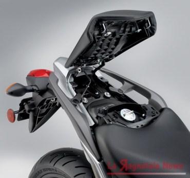 12-Honda-NC700X-fuel