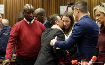 Oscar_Pistorius_condannato_a_sei_anni