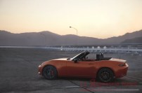 MAZ1901_2019_MX-5_ROADSTER_SOFTTOP_19CY_30th_SV_US_LHD_C01_EXT_SIDE_39L_LHD