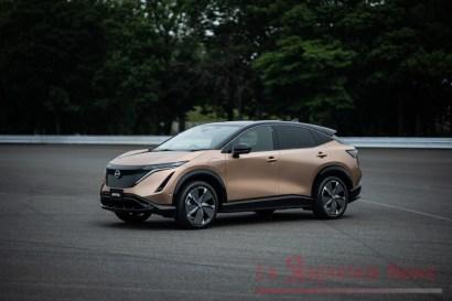 Nissan Ariya front quarter_1