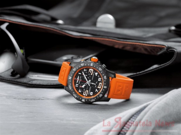 mini_07_endurance-pro-with-an-orange-inner-bezel-and-rubber-strap-1