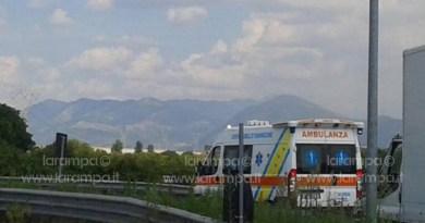 """Genova. Crollo viadotto A10, Autostrade: """"Stop pedaggio ambulanze"""""""