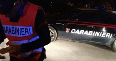 Caserta. Non si ferma all'alt dei Carabinieri: tenta la fuga e si getta nel fiume