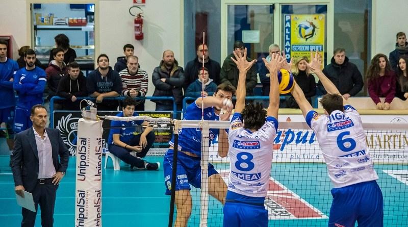 Volley Serie A2/M. Che impresa della Sigma Aversa: vittoria da applausi contro l'Aurispa Alessano