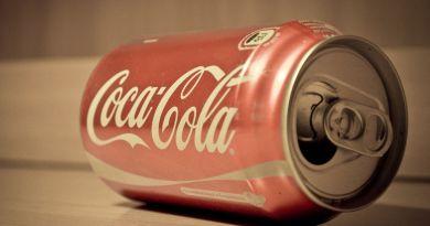 """Coca Cola shock: """"Lavoriamo a un drink che contiene marijuana"""""""
