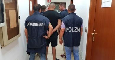 San Cipriano. Armi clandestine, arrestati mamma e figlio