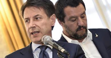 """Genova. Crollo viadotto A10, Conte: """"via la concessione ad Autostrade"""""""