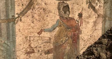 (FOTO/VIDEO) Pompei. Da scavi emerge affresco Priapo