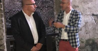 L'europarlamentare Andrea Cozzolino in visita agli Scavi di Ercolano