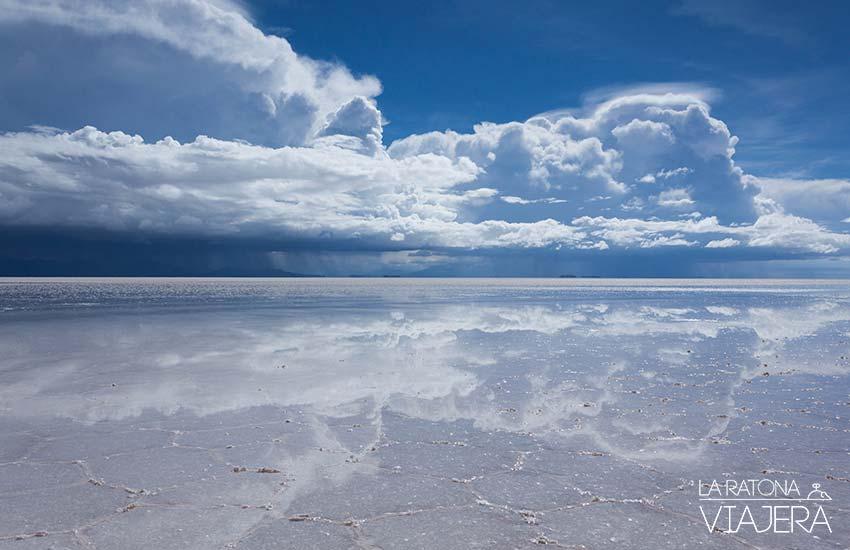 Salar de Uyuni Gua completa de 3 das en el espejo ms