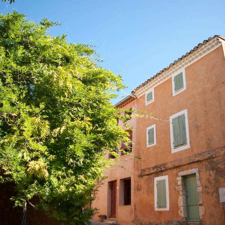 flassan-village-typique-vaucluse