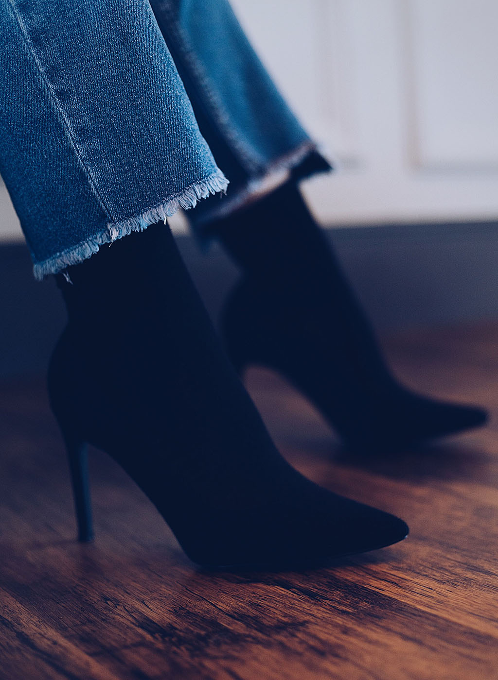 prettylittlething black knitted sock boot Lareese Craig Brighton blogger www.lareesecraig.com