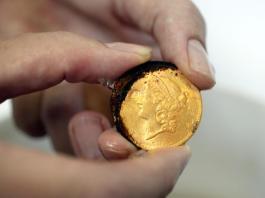 Una de las monedas del Tesoro del Odyssey