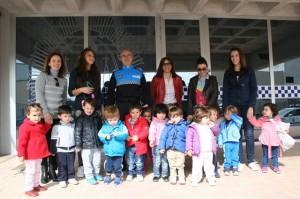 Alumnos en las dependencias de la Policia Local Cehegín