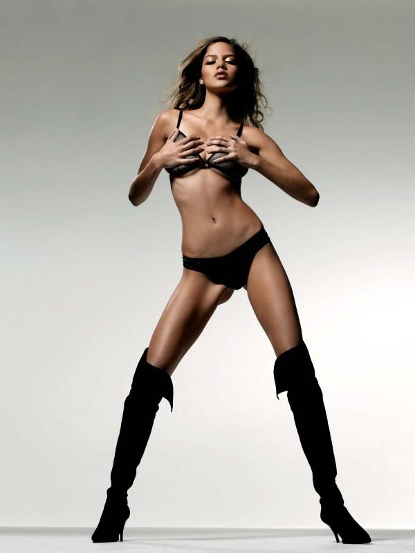 Nell-Robinson-Jamaican-Model