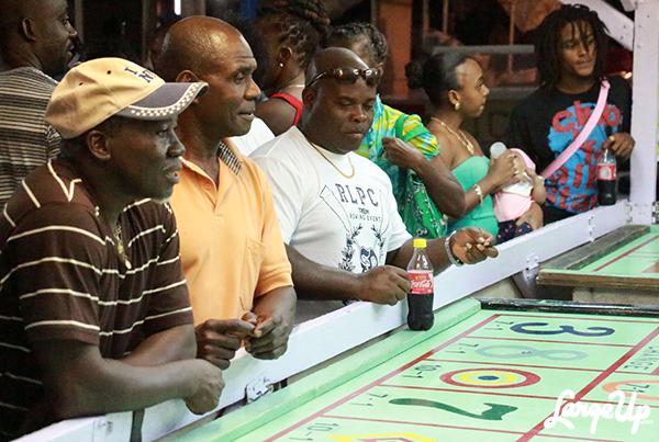 Oistins_Barbados_Fish_Fry_10