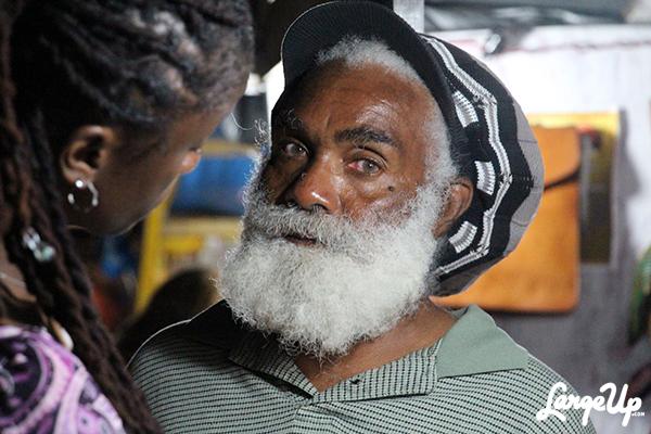 Oistins_Barbados_Fish_Fry_21