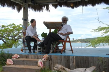 wole-soyinka-calabash-festival-jamaica
