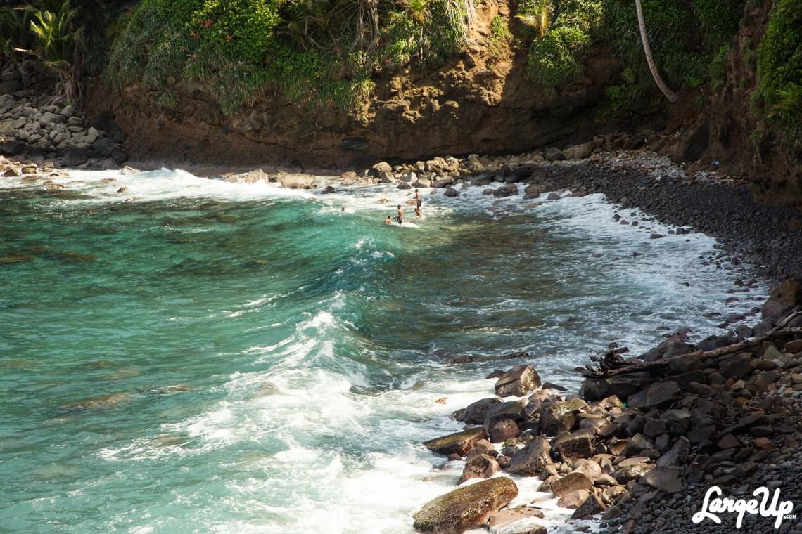 dominica-kalingao-bara-aute-waves