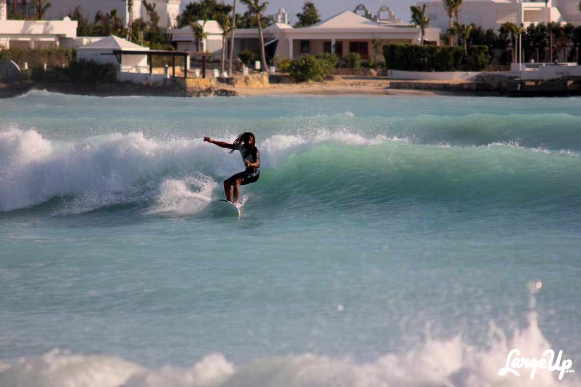 Surf AXA: Surfing in Anguilla