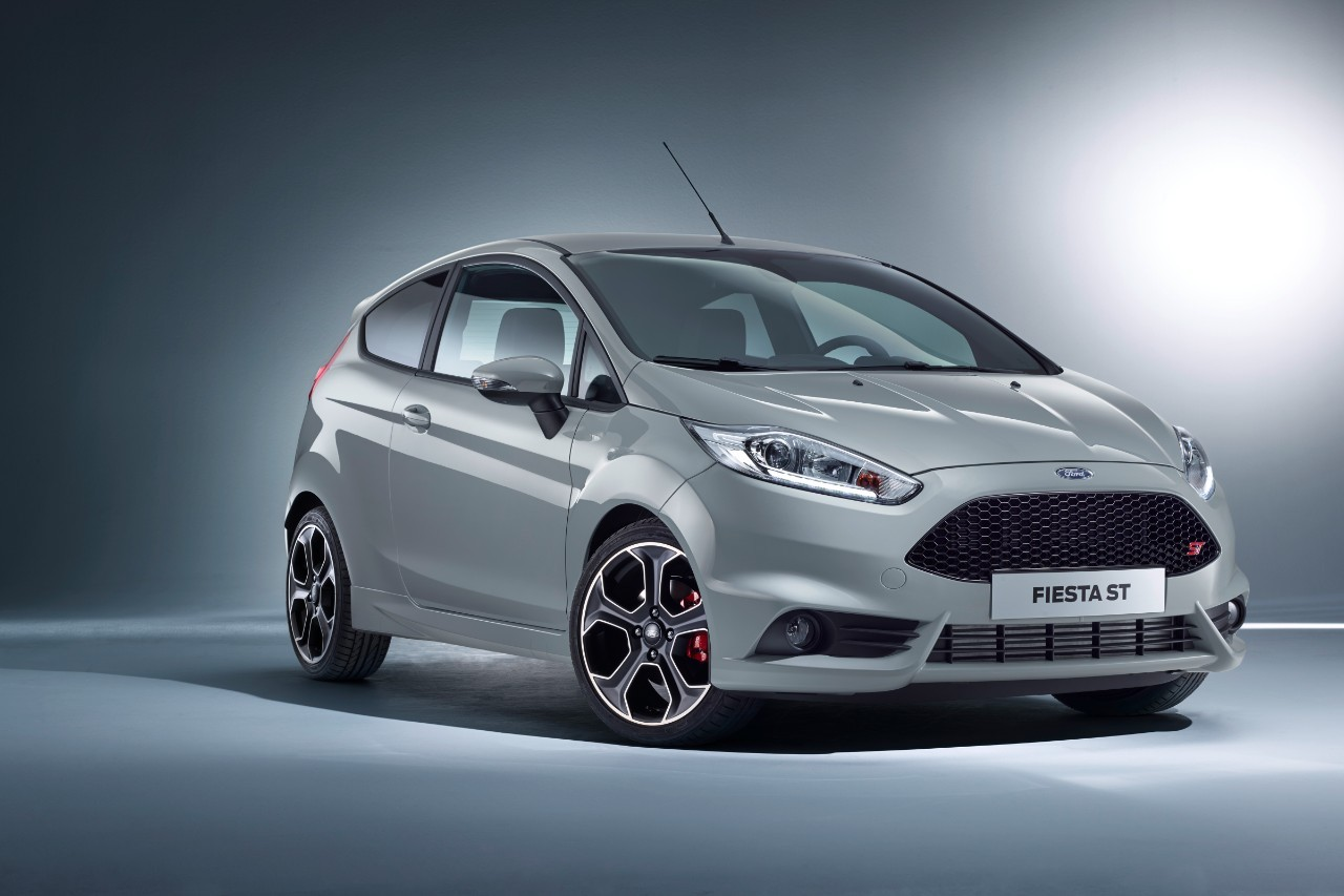 Ford Fiesta ST200 grise