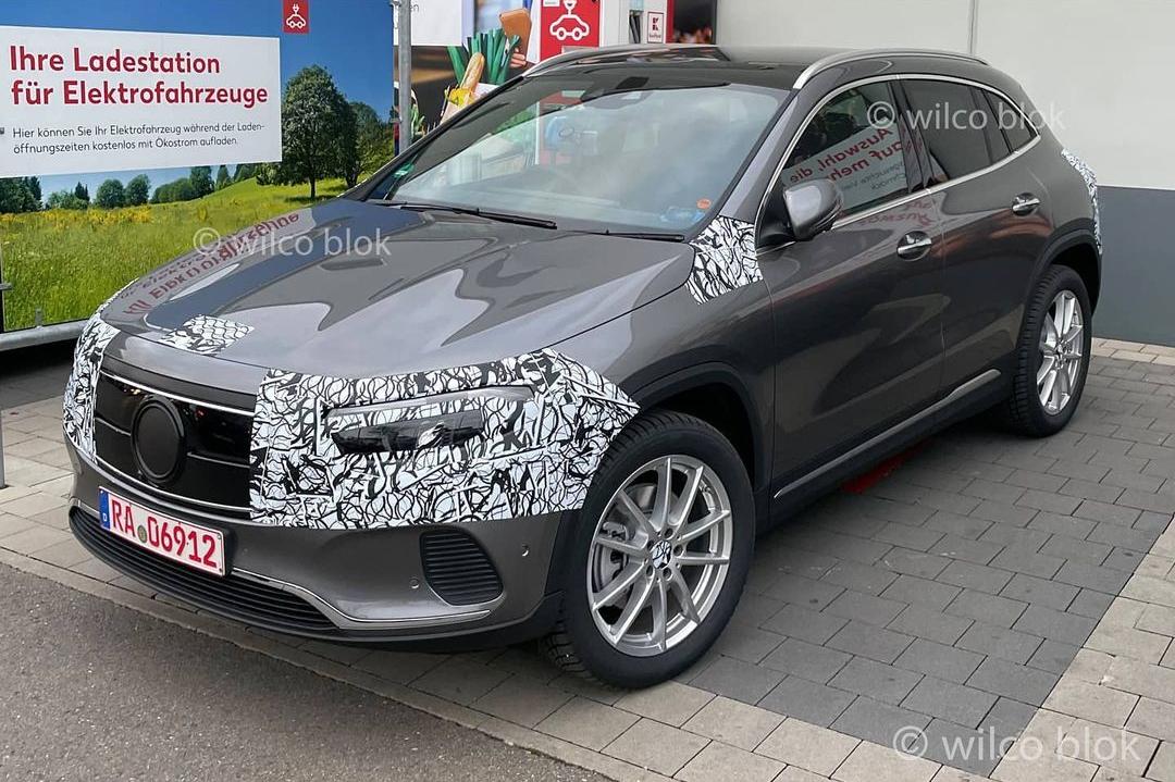 Mercedes EQA (2021). Le SUV compact électrique dévoilé début 2021 - Photo #1 - L'argus