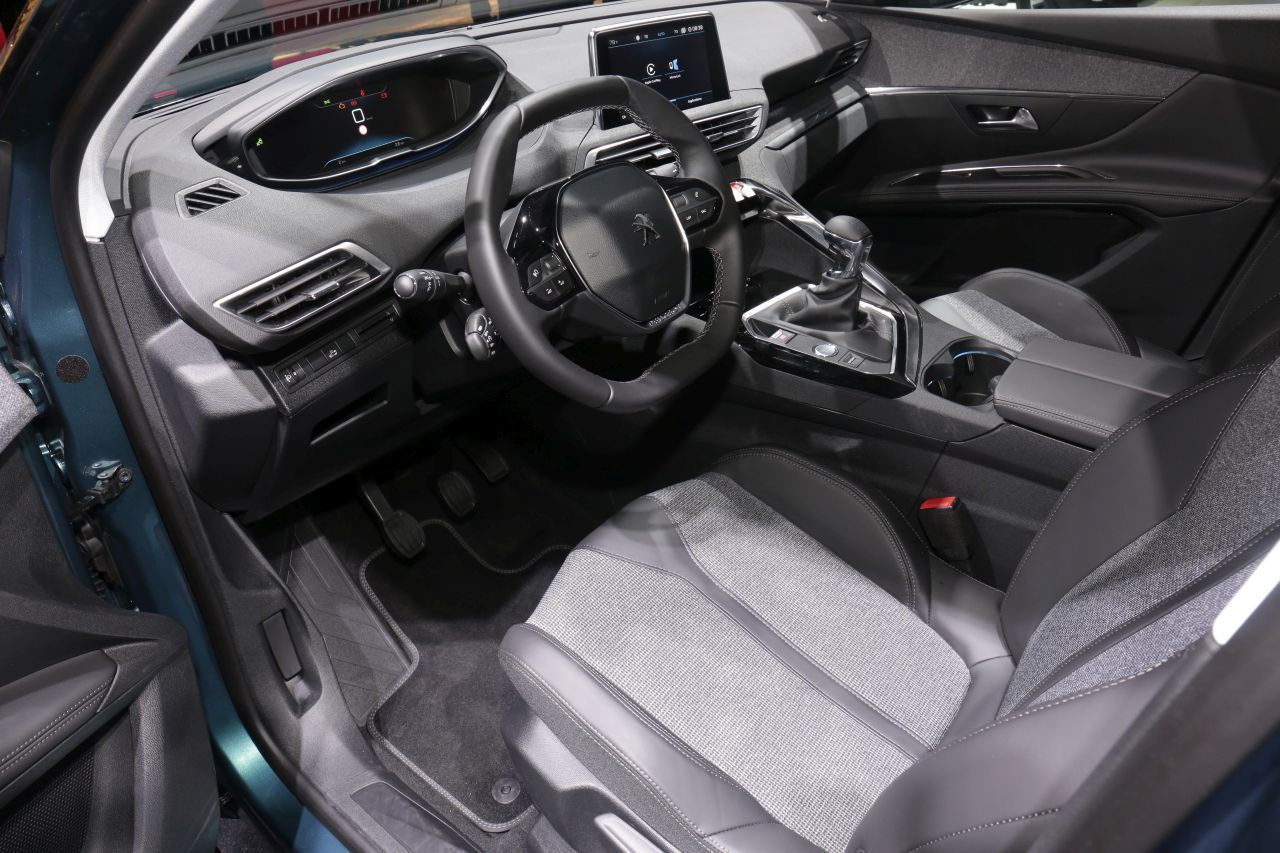 Peugeot 5008 2 Premires Impressions Bord Du Nouveau