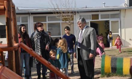 El Centro de Cuidados y Desarrollo Infantil celebró su 33 aniversario