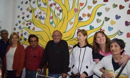 Inauguración del mural «Todos somos uno»
