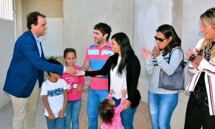 En Río Cuarto, 235 familias ya recibieron las llaves de sus viviendas