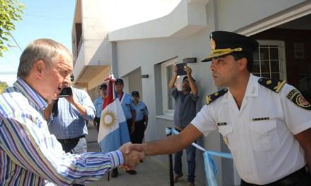En Monte Maíz, Schiaretti inauguró sede policial y entregó aportes