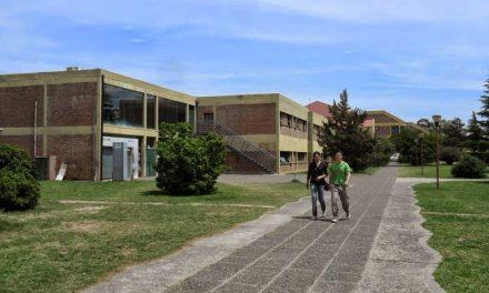 El Consejo Social de la UNRC coopera para evitar la deserción escolar en el secundario