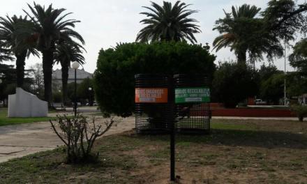 Nuevos cestos para separar los residuos en Villa Huidobro
