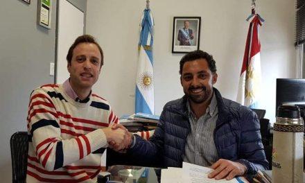 Bulnes: firma de convenio con el Ministerio de Educación de la provincia