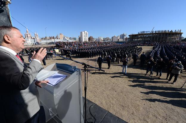 La Policía incorporó 1.220 efectivos para reforzar la prevención