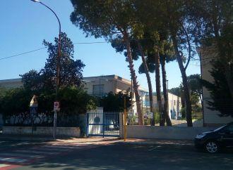 Taranto, c'è amianto in quella scuola? Sopralluogo dell'Asl