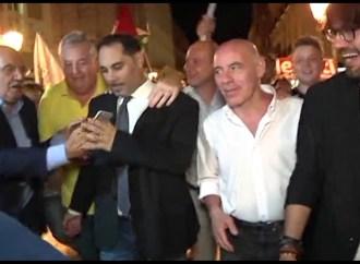 Melucci a Renzi: Vieni a Taranto, così parliamo della città, dell'Ilva e… del tuo Pd