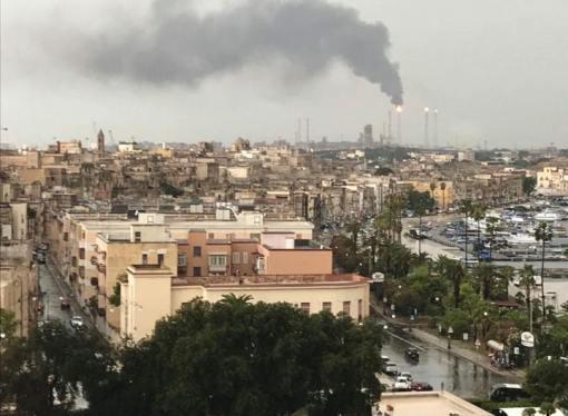 Fumi,  puzza di gas e maltempo: il Comune di Taranto potrebbe chiudere pineta Cimino