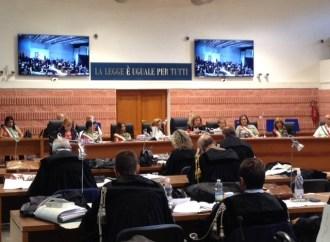 Taranto, Vendola risponde ai giudici di Ambiente svenduto