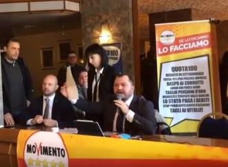 """I tre deputati M5S dopo la contestazione: Mai detto """"Ilva chiusa"""" per prendere voti"""