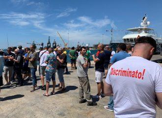 Gruista disperso, Taranto sotto shock. Drammatiche testimonianze (VIDEO)