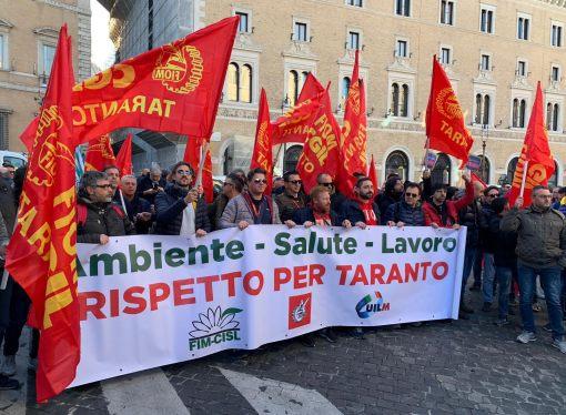 ArcelorMittal, da Taranto a Roma. Il giorno della protesta [VIDEO]