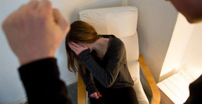 «Θα με λες αφέντη»: 28χρονος βασάνιζε και βίαζε για δυο μέρες την κοπέλα του επειδή ζήλεψε!