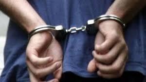 Κυκλοφορούσε ελεύθερος στη Λάρισα ενώ εκκρεμεί ένταλμα σύλληψης σε βάρος του