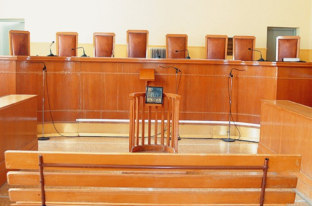 Κάθειρξη 8 ετών σε διευθύντρια τράπεζας στη Λάρισα