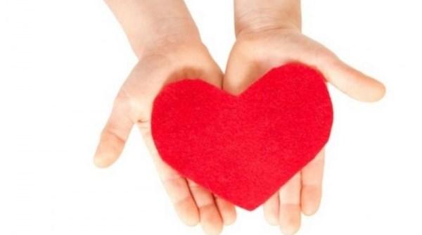 Νέα υπαίθρια εθελοντική αιμοδοσία στην κεντρική πλατεία της Λάρισας