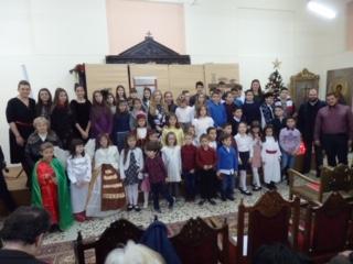 Τα Χριστούγεννα όπως τα παρουσίασαν τα κατηχητόπουλα του Αγίου Αχιλλίου στη γιορτή τους