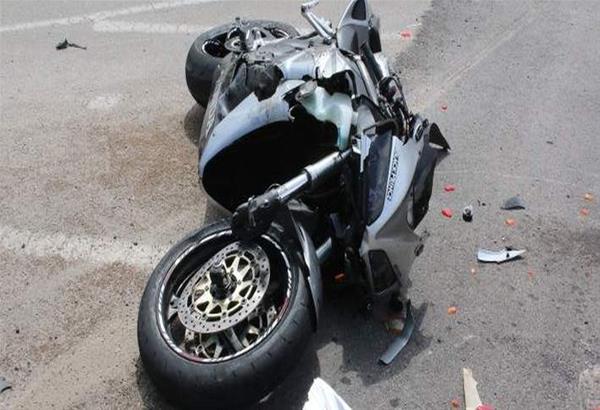 Τροχαίο στη Λάρισα: Αυτοκίνητο συγκρούστηκε με μηχανή